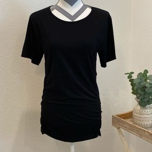 Fabletics fitted active top. Sz M